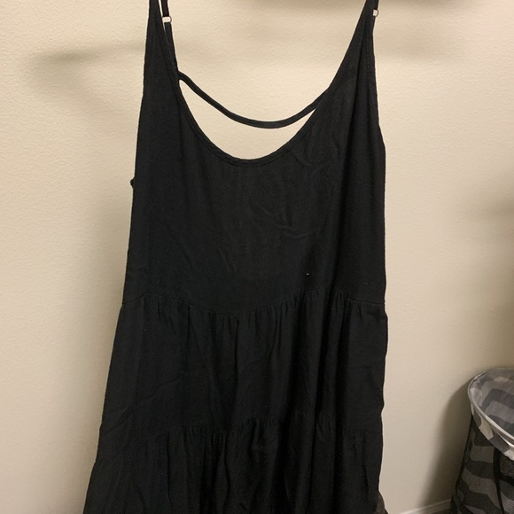 Brandy Melville Dresses & Skirts - Brandy melville thick black jada dress